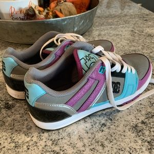 DC Women's Tennis Shoes size 7
